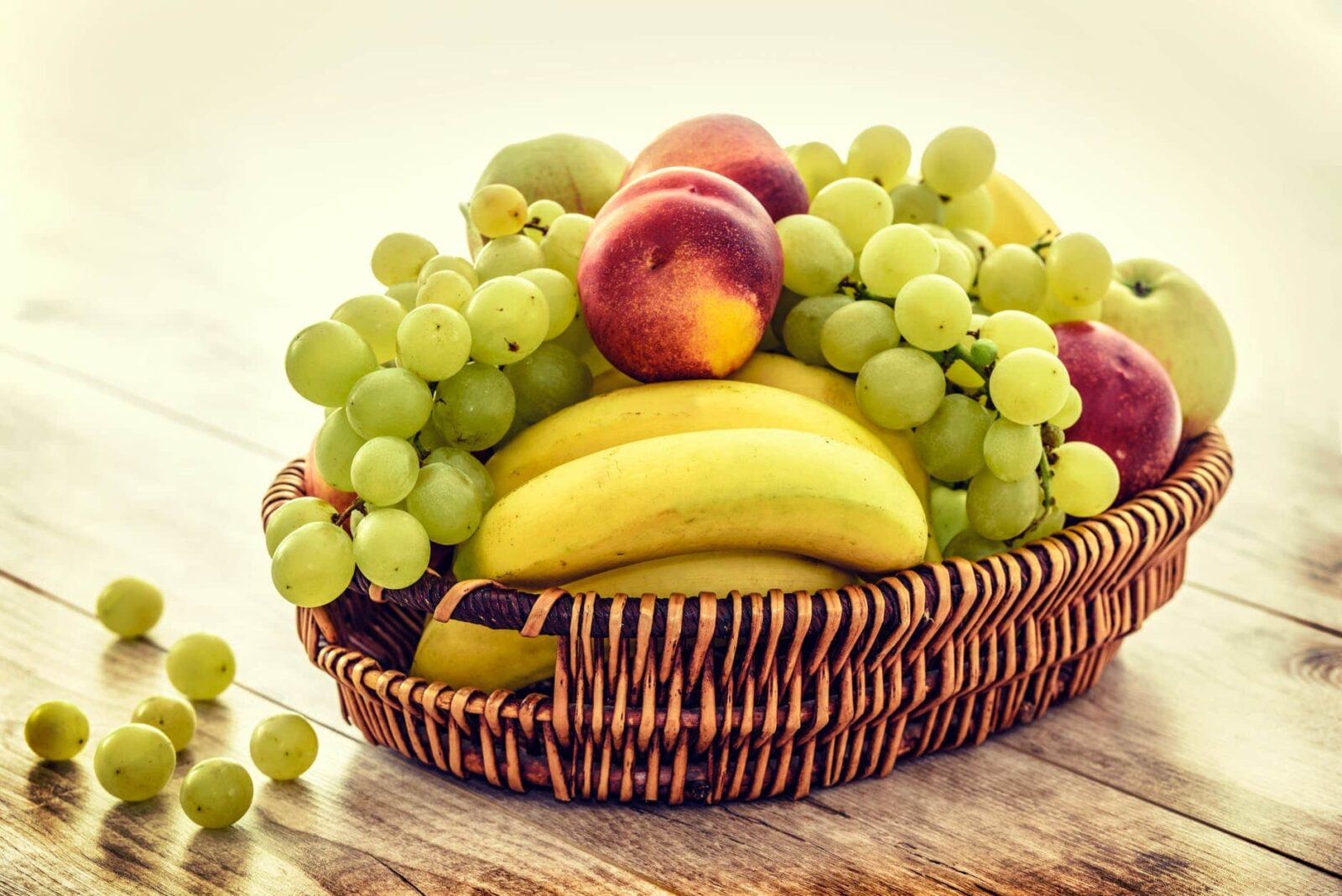 apples bananas basket bunch